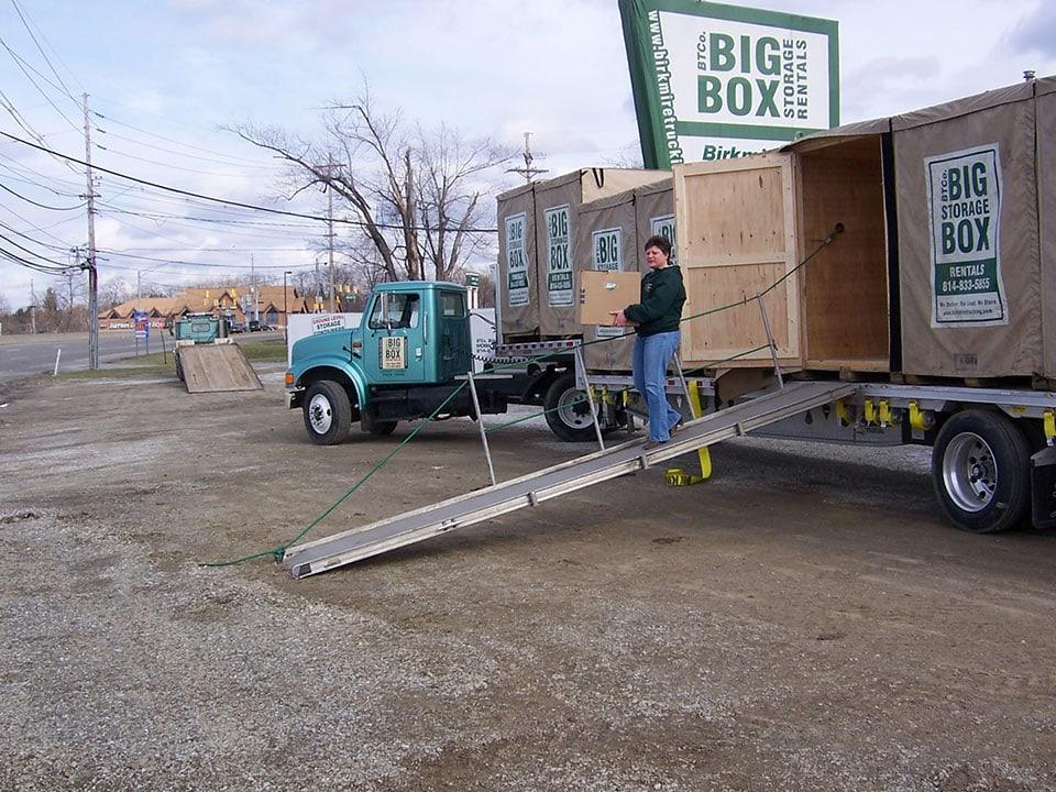 Unloading Big Box
